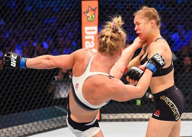 Holm Lands High Kick